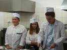 Uroczyste wprowadzenie klas pierwszych do pracowni gastronomicznej_12