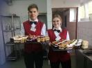 Uroczyste wprowadzenie klas pierwszych do pracowni gastronomicznej_3